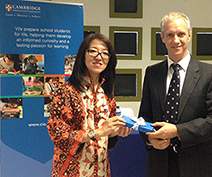 Ms Ina Liem, CEO of Jurusanku.com, with Dr Ben Schmidt, Cambridge Regional Director, Southeast Asia & Pacific